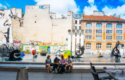 PARIS, FRANCE - 31 juillet : Vue AR de rue de Graben de touristes à pied Photo libre de droits