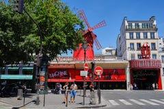 Paris, France - 28 juin 2015 : Le Moulin rouge image libre de droits