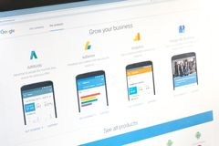 Paris, France - 14 juin 2017 : Plan rapproché sur les applications économiques de Google (adwords, l'adsense, l'analytics, mes af photographie stock