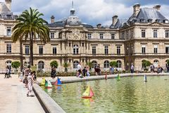 Toy boats in a pond in the Luxembourg Gardens Jardin du Luxembo Royalty Free Stock Photos