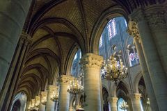 Paris, France, le 27 mars 2017 : L'intérieur du Notre Dame de Paris Images libres de droits