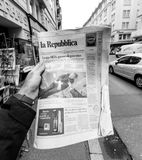 La republica Newspaper about Stephen Hawking Death on the first. PARIS, FRANCE - MAR 15, 2018: Italian La Republica newspaper with portrait of Stephen Hawking Royalty Free Stock Photography