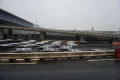 PARIS, FRANCE - 19 mars 2018 - aéroport de Paris couvert par la neige Image stock