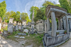 PARIS, FRANCE - MAY 2, 2016: old graves in Pere-Lachaise cemetery Royalty Free Stock Photos