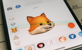 Fox animal 3d animoji emoji generated by Face ID facial recognit. PARIS, FRANCE - NOV 9 2017: Fox animal 3d animoji emoji generated by Face ID facial recognition Royalty Free Stock Photography