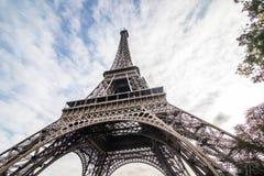 Paris, France - novembre 2017 Tour Eiffel le jour ensoleillé Les meilleures destinations de touristes de Paris en Europe photo libre de droits