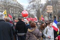 Paris, France 03 09 2016 Uma demonstração gigante contra o governo socialista relacionou-se a uma reforma da lei laboral foto de stock royalty free