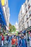 PARIS FRANKREICH, circa im April 2016 Straße des Ritters de la Barre in Montmartre Stockbild