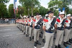 paris frankreich 14. Juli 2012 Die Ränge der fremden Legionäre während der Paradezeit auf dem Champs-Elysees in Paris Lizenzfreie Stockfotos