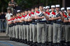 paris frankreich 14. Juli 2012 Die Ränge der fremden Legionäre während der Paradezeit auf dem Champs-Elysees in Paris Lizenzfreie Stockbilder