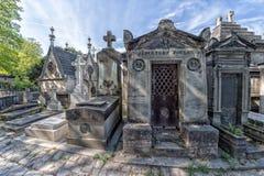 PARIS, FRANKREICH - 2. MAI 2016: alte Gräber in Pere-Lachaisekirchhof lizenzfreie stockfotografie
