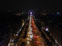 Paris, Frankreich-November 26,2016: Beleuchtung auf Champs-Elyseesallee lizenzfreies stockbild