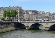 Paris Frankreich, vor kurzem der Standort von den mehrfachen Terroranschlägen Stockbilder
