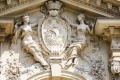 PARIS FRANKRIKE - APRIL 24, 2015: Artikelutbytet (börsen de kommers, 1782) är en byggnad i van vid Paris ger nu service Arkivbilder