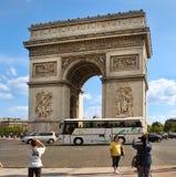 PARIS FRANKRIKE - Augusti 19, 2014 Paris Frankrike - berömda Triump Arkivbild