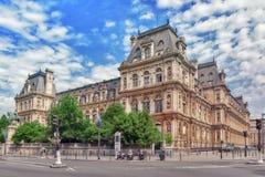 PARIS FRANKRIKE - JULI 08, 2016: Hotell de Ville i Paris, är Royaltyfria Bilder