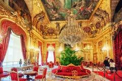 PARIS FRANKRIKE - JULI 03, 2016: Lägenheter av Napoleon III lou Fotografering för Bildbyråer