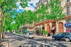 PARIS FRANKRIKE - JULI 06, 2016: Stadssikter av en av mest är Royaltyfri Fotografi