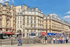 PARIS FRANKRIKE - JULI 06, 2016: Stadssikter av en av mest är Royaltyfri Bild