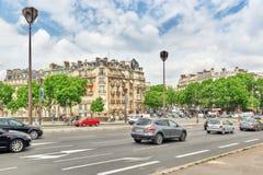 PARIS FRANKRIKE - JULI 06, 2016: Stadssikter av en av mest är Arkivfoto