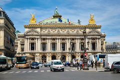 Paris Frankrike - Juni 29, 2015: Palais eller opera Garnier arkivfoto