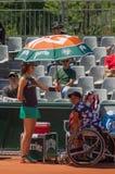 PARIS FRANKRIKE - JUNI 10, 2017: Roland Garros kvinnarullstol fi Arkivfoto
