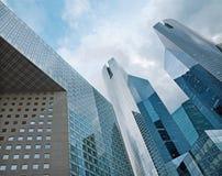 PARIS FRANKRIKE - JUNI 18, 2011: SkyskrapaSociete Generale torn Arkivfoton