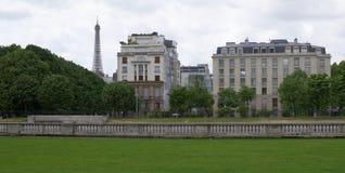 Paris; Frankrike Maj 01; 2017: Sikt till den Faber gatan Royaltyfri Bild