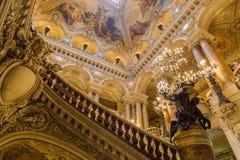Paris Frankrike, mars 31 2017: Inre sikt av operamedborgaren de Paris Garnier, Frankrike Det byggdes från 1861 till Royaltyfri Fotografi