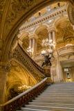 Paris Frankrike, mars 31 2017: Inre sikt av operamedborgaren de Paris Garnier, Frankrike Det byggdes från 1861 till Arkivfoton