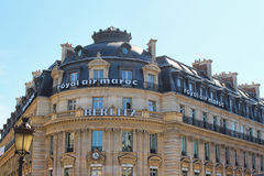 PARIS FRANKRIKE - SEPTEMBER 10, 2015: Berlitz hotell Royaltyfria Bilder