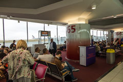 Paris Frankrike - September 15, 2016: Flygplatsen Charles de Gaull Arkivbild
