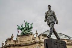 Paris Frankrike 30th April 2013: Monument till fransk general och statsmannen Charles de Gaulle på th royaltyfri foto