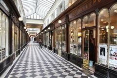 Paris - Galerie Vero Dodat Royaltyfria Foton