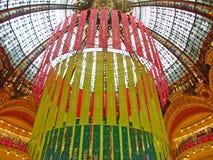 Paris Galeries Lafayette julgarnering Fotografering för Bildbyråer