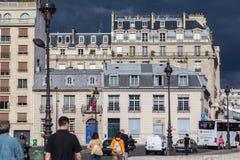 Paris historiska byggnader Arkivfoto