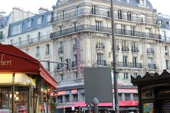 Paris hotellflodhäst royaltyfri fotografi