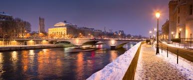 Paris i vinter Fotografering för Bildbyråer