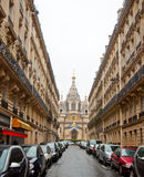 PARIS 10 JANVIER : Alexander Nevsky Cathedral sur la rue de Rue Daru en janvier 10,2013 à Paris Images libres de droits