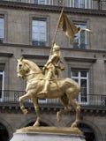 Paris - Joan da estátua do arco foto de stock royalty free