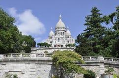 Paris Juli 17: Basilika Sacre Coeur från Montmartre i Paris Royaltyfri Bild