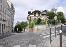 Paris Juli 17: Gatasikt från Montmartre i Paris Royaltyfria Foton