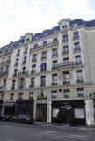 Paris Juli 18: Historiska byggnader i Paris från Frankrike Royaltyfri Foto