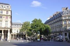 Paris Juli 18: Historiska byggnader i Paris från Frankrike Royaltyfria Foton