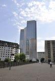 Paris Juli 16: Laförsvarbyggnader i Paris från Frankrike Royaltyfri Bild