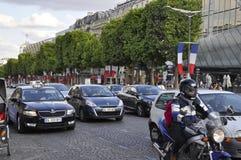 Paris Juli 14th: Champs-Elysees aveny på nationell dag i Paris från Frankrike Royaltyfria Bilder