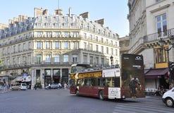 Paris Juli 15th: Historiska byggnader från Paris i Frankrike Arkivbilder