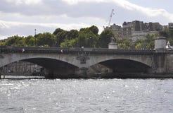 Paris Juli 18th: Pont d'lena över Seine från Paris i Frankrike Royaltyfri Bild