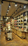 Paris Juli 15th: Souvenir shoppar från Paris i Frankrike Arkivbild