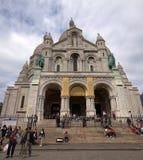 Sacre Coeur av det Paris stadsMotmartre området. 2012 06 19 Paris. Fotografering för Bildbyråer